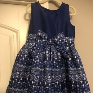 Super cute 4t navy dress! Worn once!